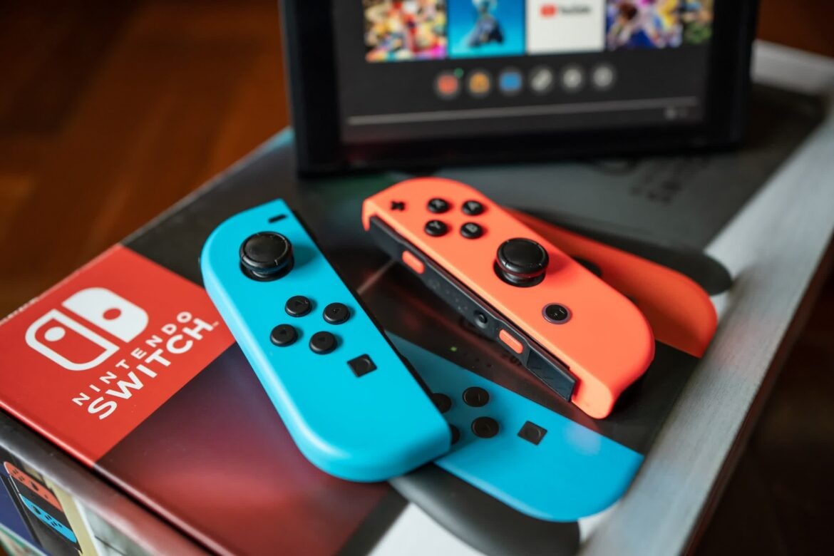 EU watchdog calls for investigation into Nintendo's persistent Joy-Con drift issue